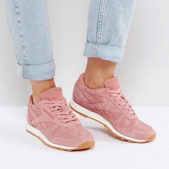 Reebok CL LTHR Clean Exotic Print Rose Track Shoe NWT